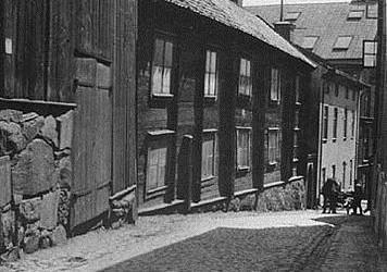Om Norra Bryggaregatanoch gamla Alvitzagården