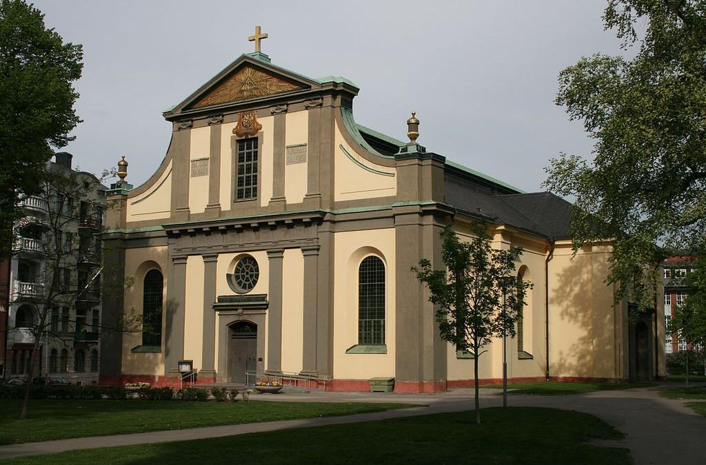 Gravar och kulturlager vid S:t Olai kyrka