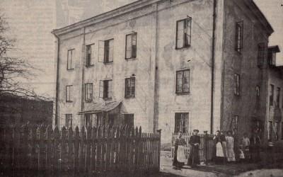 """Ett hyreshus i Fredriksdal –  i de """"vilda"""" Norra förstäderna"""