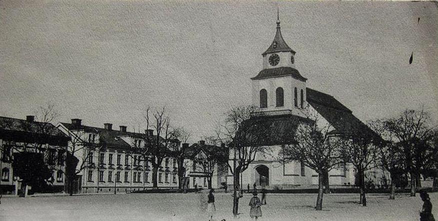 Hedvigs kyrka och Tyska torget.