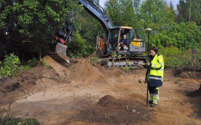 Hällristarnas hem grävs ut i Pryssgården