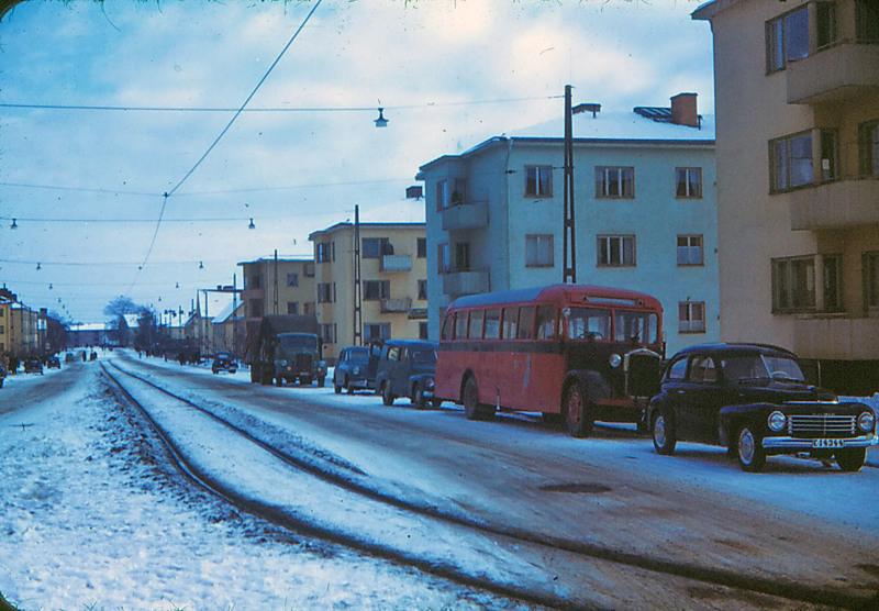 Albrektsvägen vid kvarteret Rådmannen cirka 1953. Foto: Gustaf Östman. Ur Norrköpings stadsarkivs samlingar