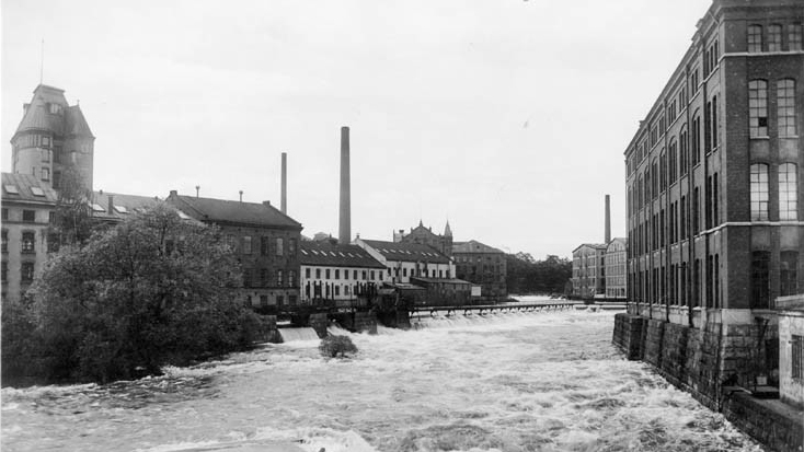 Kvarteret Kopparhammaren till vänster och Kåkenhus till höger år 1920. Foto: Gustaf Lidberg. Ur Norrköpings stadsarkivs samlingar