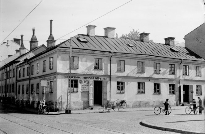 Kvarteret Bakugnen i korsningen Trädgårdsgatan - Generalsgatan år 1944. Okänd fotograf. Ur Norrköpings stadsarkivs samlingar