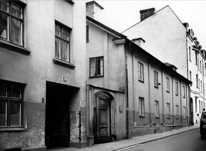 Kvarteret Bladet utmed Luntgatan år 1958. Foto: Gustaf Bertil Larsson. Ur Östergötlands museums samlingar