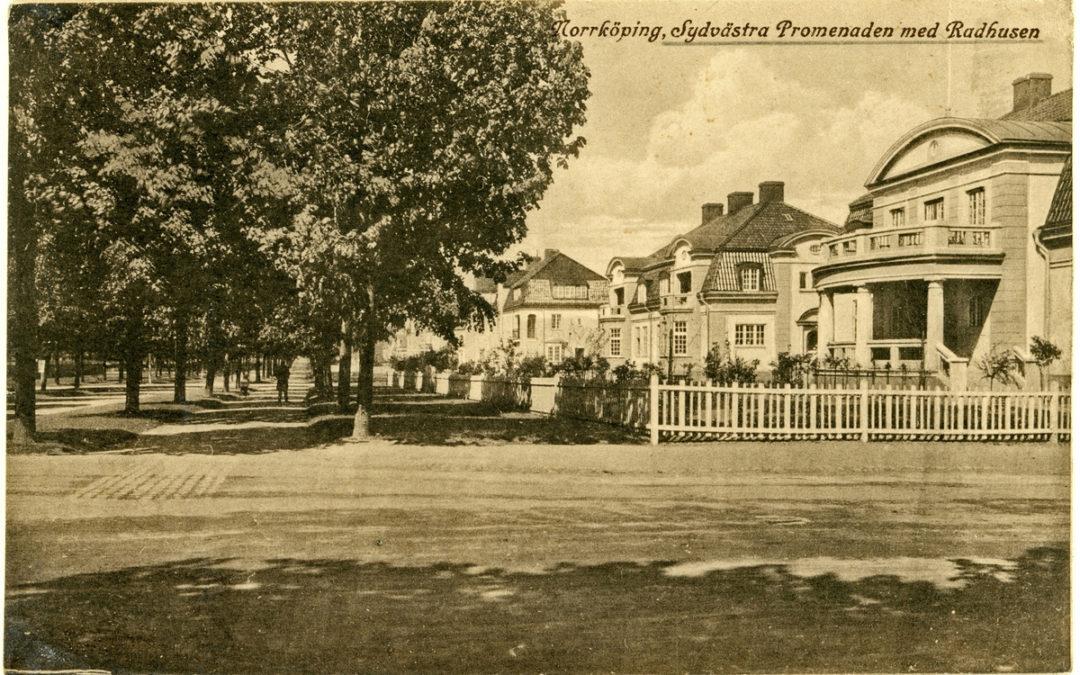 Kvarteret Fjället vid Sydvästra Promenaden, nuvarande Södra Promenaden. Vykort