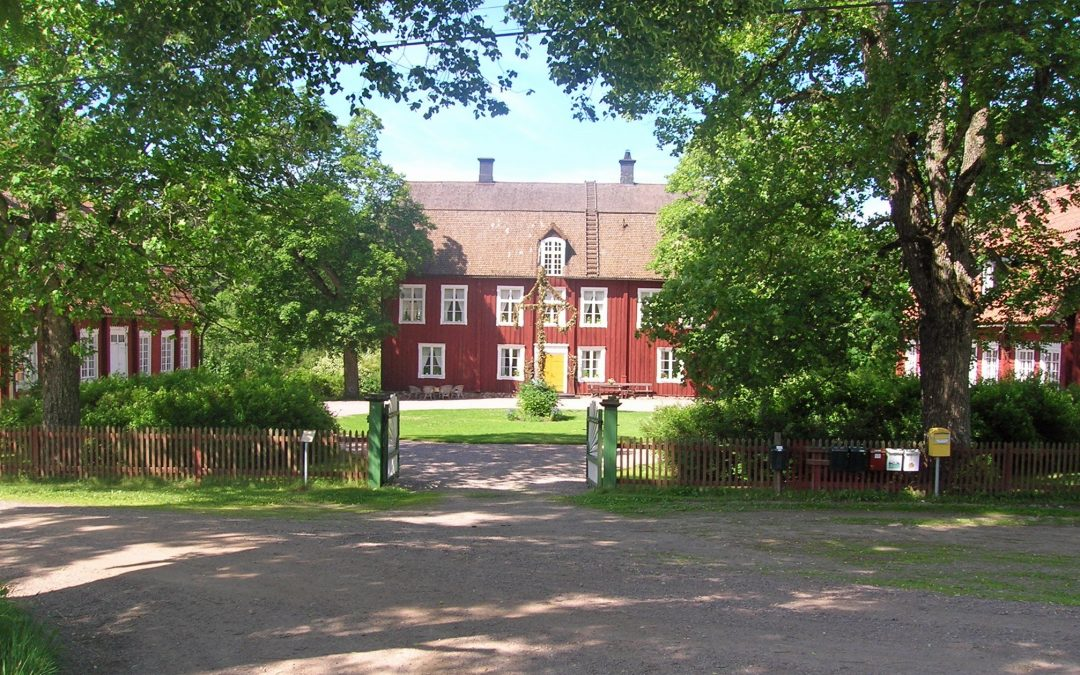 Rodga herrgård. Foto: Jordgubbe (Wikimedia Commons CC BY-SA 2.5)