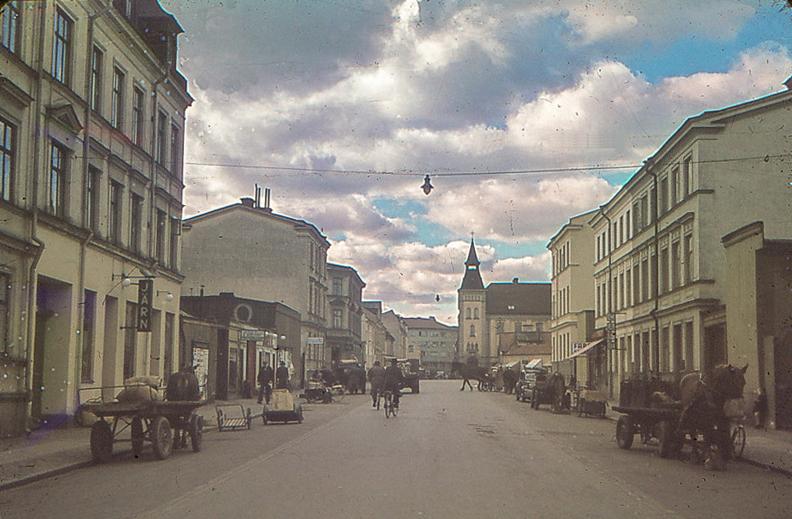 S:t Persgatan med kvarteret Stopet till höger år 1945. Foto: Gustaf Östman. Ur Norrköpings stadsarkivs samlingar