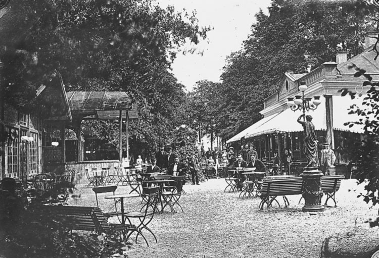 Restaurangen på Strömsholmen år 1885. Foto: Wilhelm Wiberg. Ur Norrköpings stadsmuseums samlingar