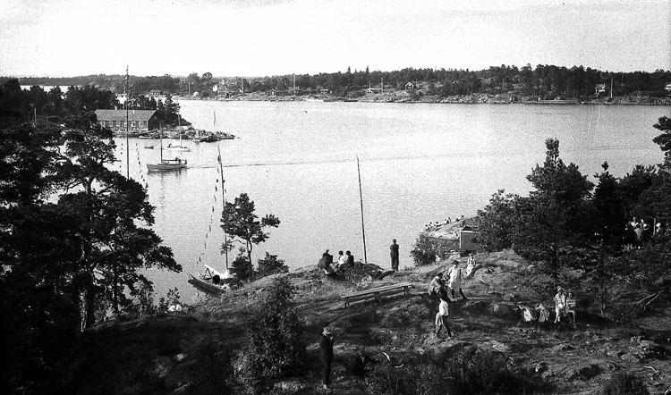 Vy över Arkösund. Foto: Werngrens ateljé. Ur Norrköpings stadsmuseums samlingar