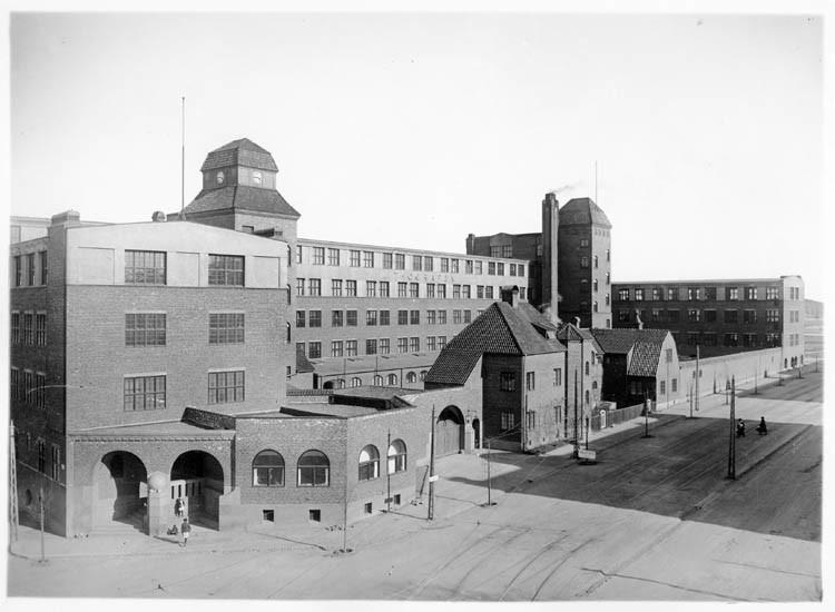 Lithografiska AB i kvarteret Flöjten vid Östra Promenaden år 1922. Foto: Gustaf Lidberg. Ur Norrköpings stadsarkivs samlingar